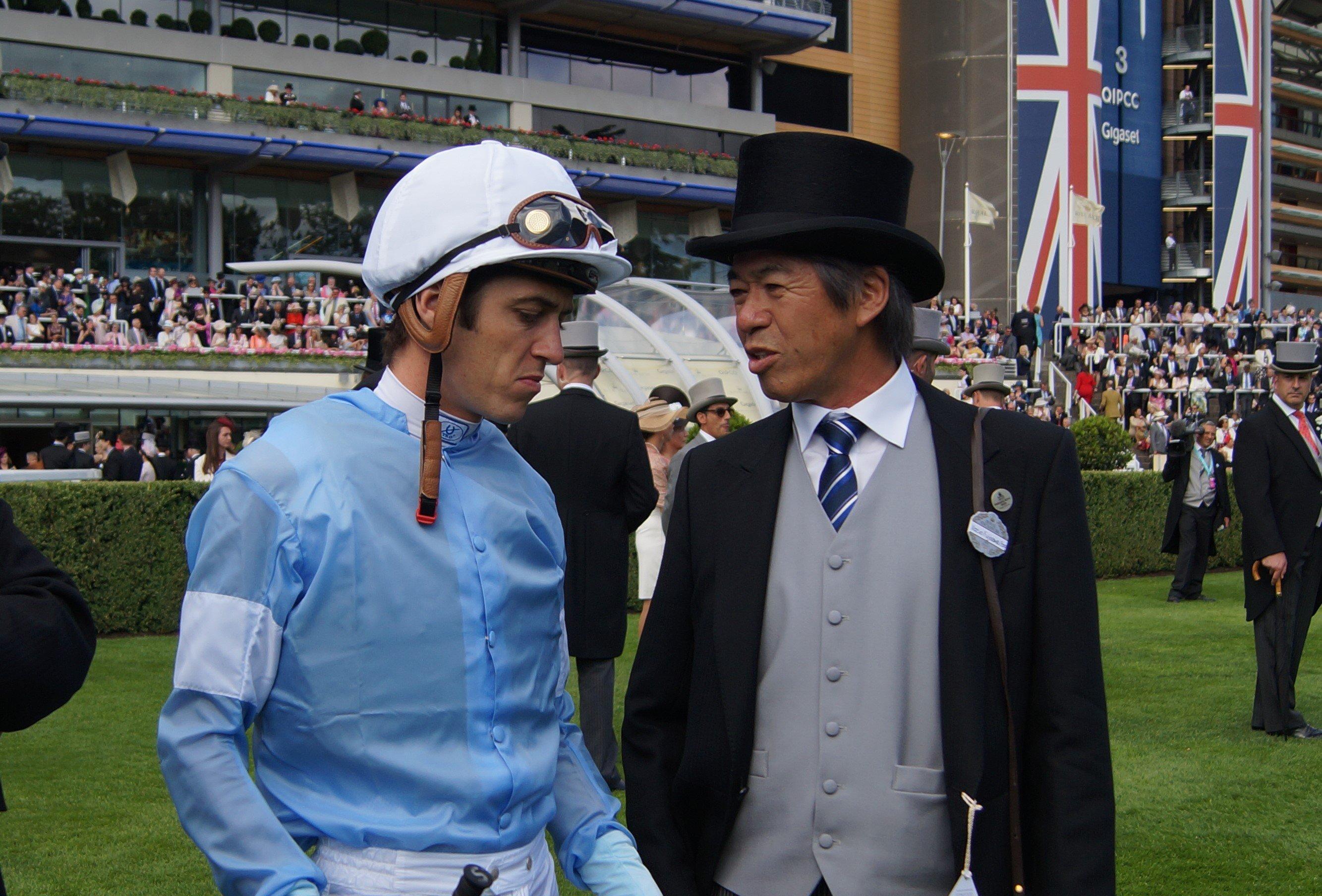 スミヨン(左)と藤沢師