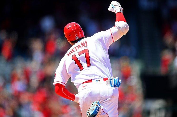 23号本塁打を放ってガッツポーズ©Getty Images