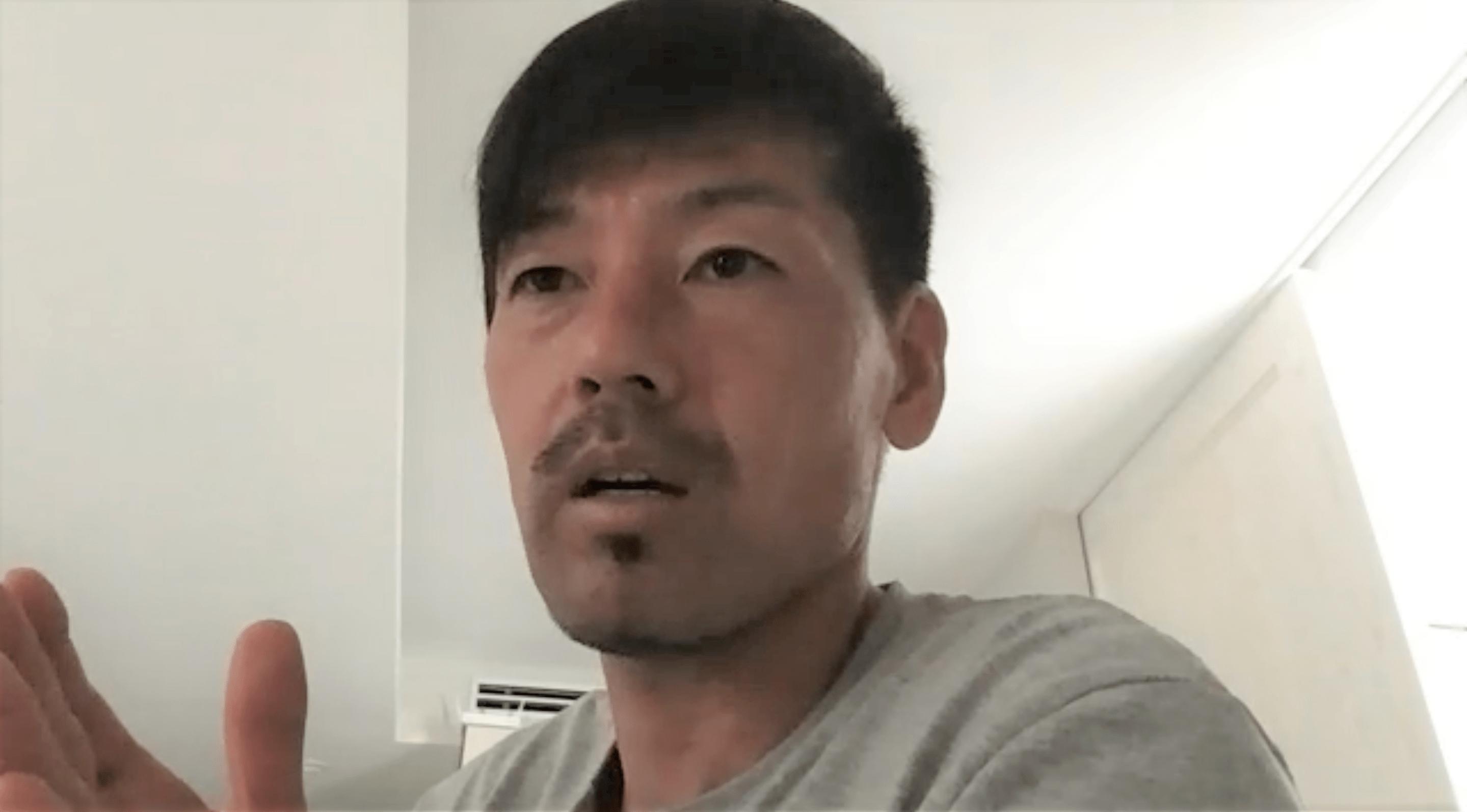 オンラインで取材に答える松井大輔さん