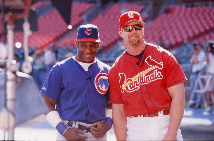 1998年、ソーサとマグワイアの本塁打量産に日米が熱狂したが……©Getty Images