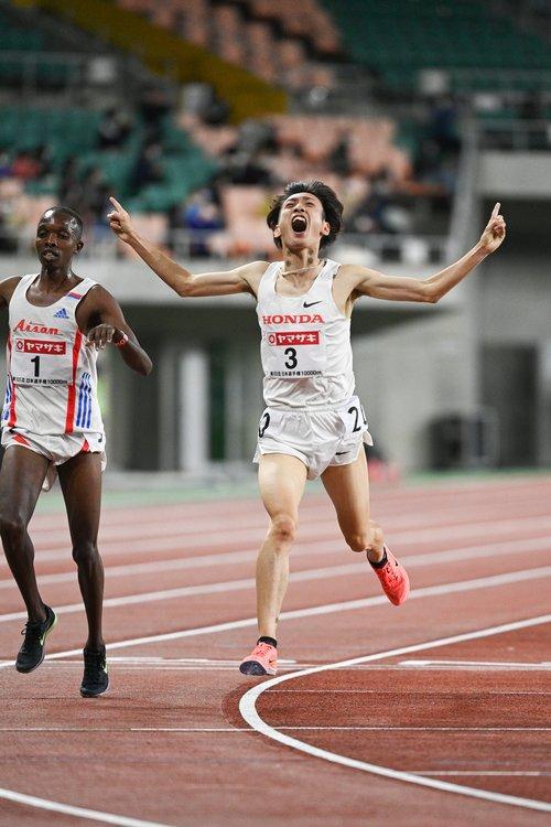 東京国際大OBの伊藤達彦は10000mで五輪出場を決めている ©Asami Enomoto