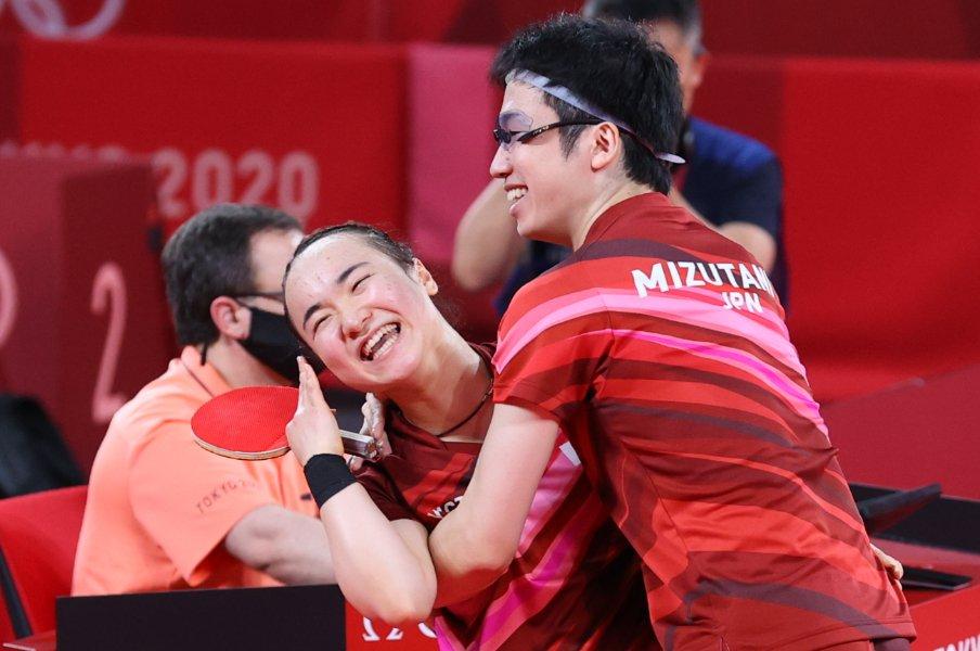 東京五輪の混合ダブルスでは見事なコンビネーションで金メダルを獲得した水谷・伊藤