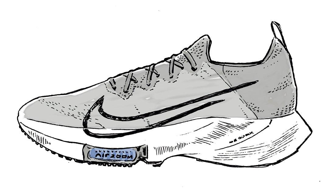 最近、毎日のジョグに愛用しているのは『ナイキ エア ズーム テンポ ネクスト%』。「すごく楽で調子良く走れます』(両角さん)。