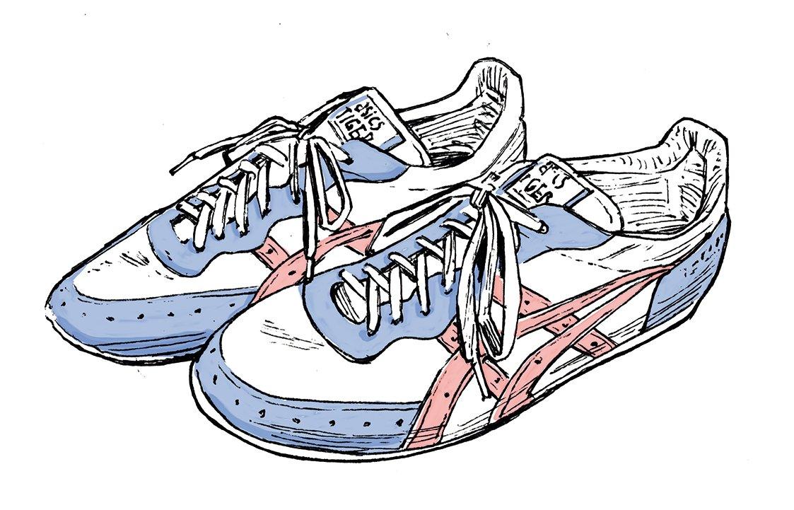1985年にアシックスが発売した 『マラソンソーティ100』。「当時 のレースシューズは、薄底しかあ りませんでした」(両角さん)。
