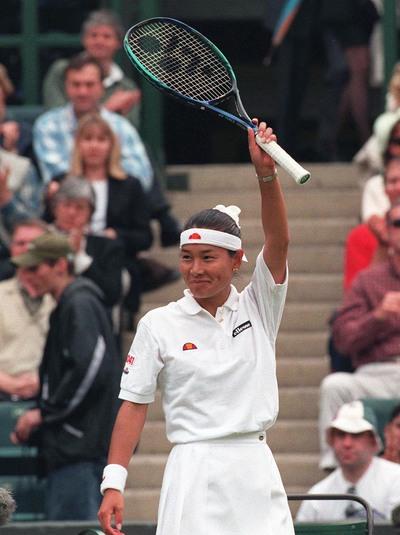 日本人で初めてウィンブルドン準決勝に進んだ25歳の伊達公子 ©AFLO