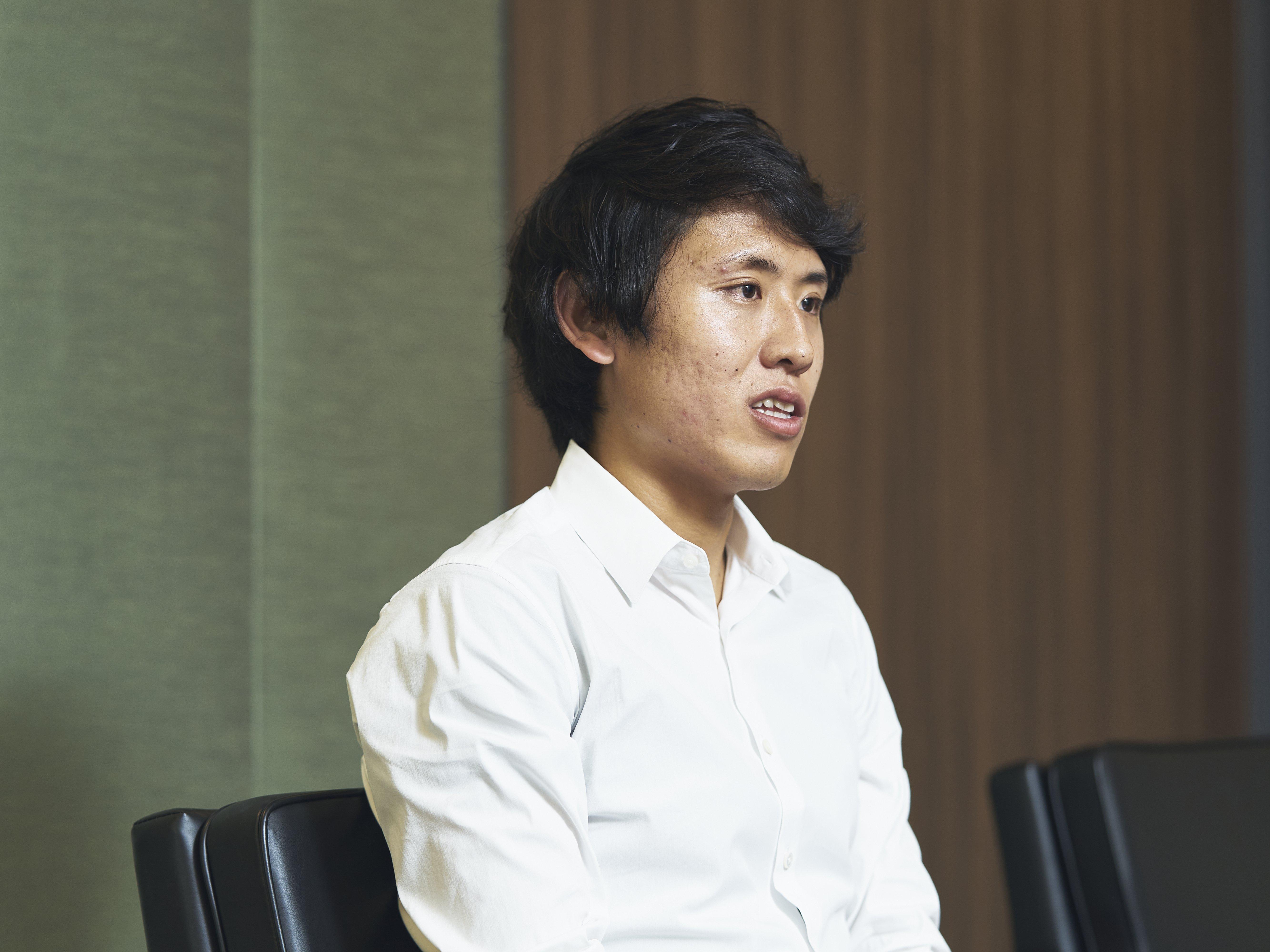 青山学院大学陸上部の元主務だった高木聖也さん。現在は大学の後輩でプロランナーの神野大地をサポートしている ©Yuki Suenaga