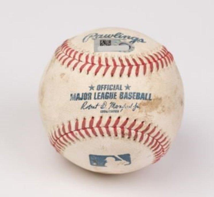 """大谷の""""80万円""""2ランホームランのボール※2020 MLBオークションより"""