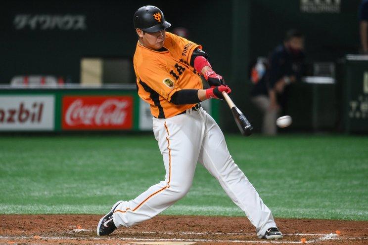 打率でも数字が残れば岡本はまさに「巨人の4番」らしくなってくるだろう©Nanae Suzuki